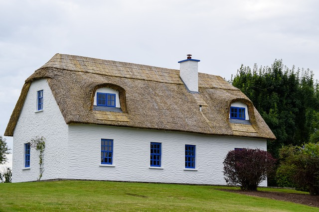Thatched Home Insurance: What You Need To Know